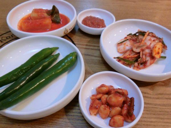 智鎬韓方参鶏湯の料理