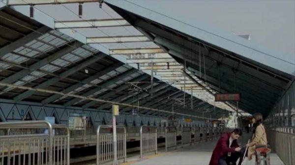 「その冬、風が吹く」鷹峰駅でのシーン