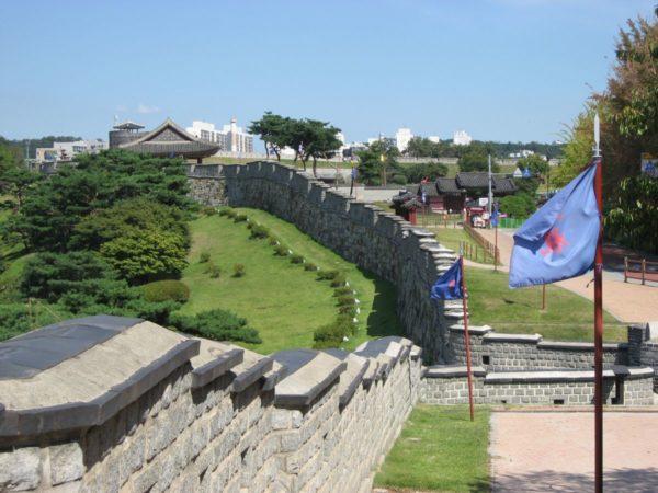 水原華城の城郭