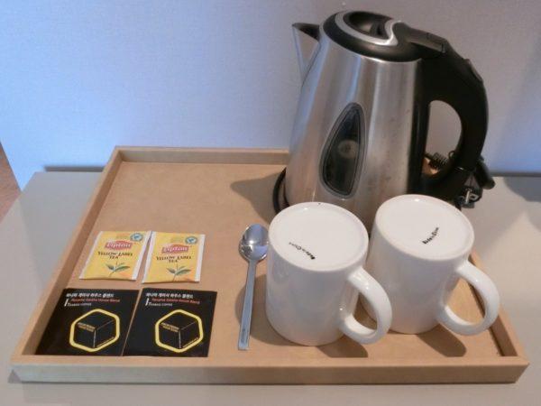 Hアベニューホテルイデシンチョンのコーヒーセット