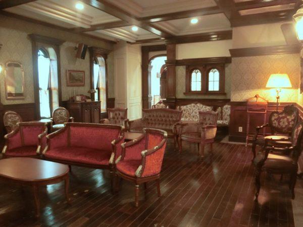 サンシャインスタジオ内グローリーホテル