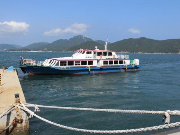 長蛇島行きの船