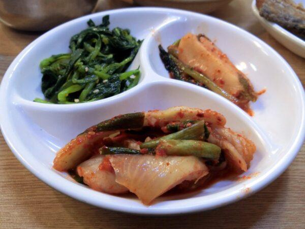 南大門の中央食堂の料理