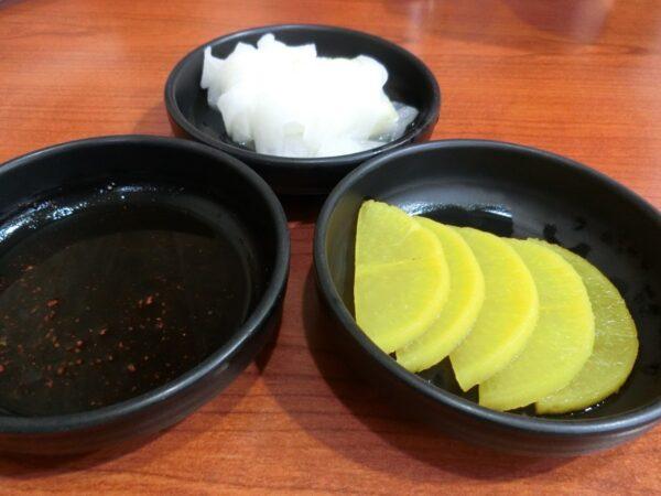 釜山のチェソンミルミョンの料理