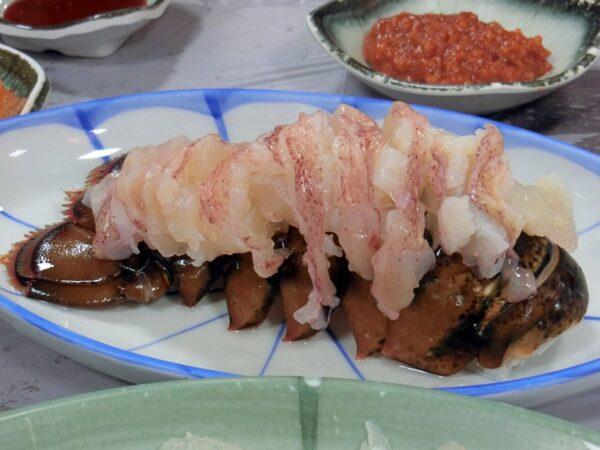チャガルチ市場で食べたロブスターの刺身