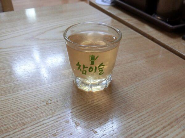 江原亭参鶏湯の人参酒